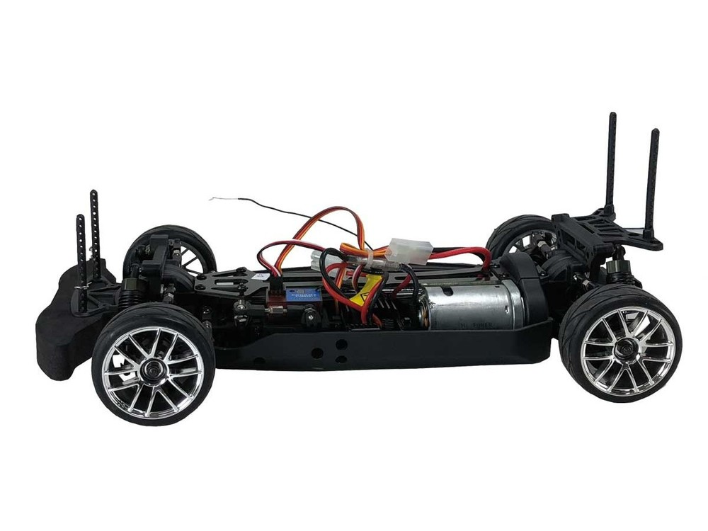 Detail chassis Voiture RC piste blackbull EVO 1/10 electrique brushed ( RTR Complet)